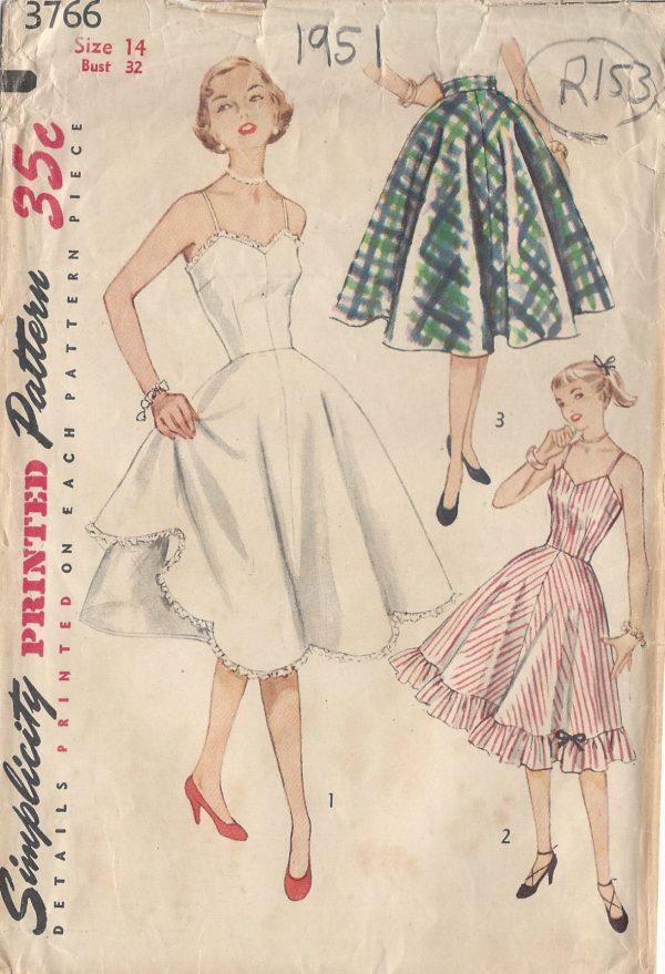 1951-Vintage-Sewing-Pattern-B32-SLIP-PETTICOAT-R153-251144390570