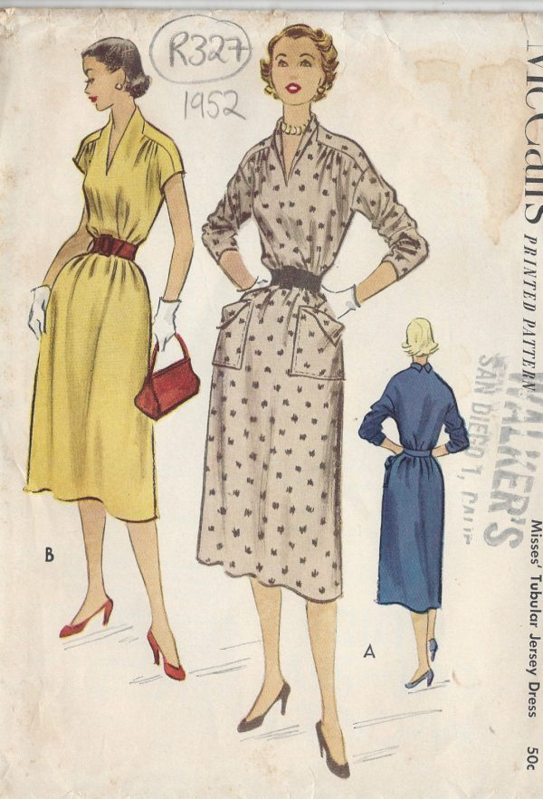 1952 Vintage Sewing Pattern DRESS B38\