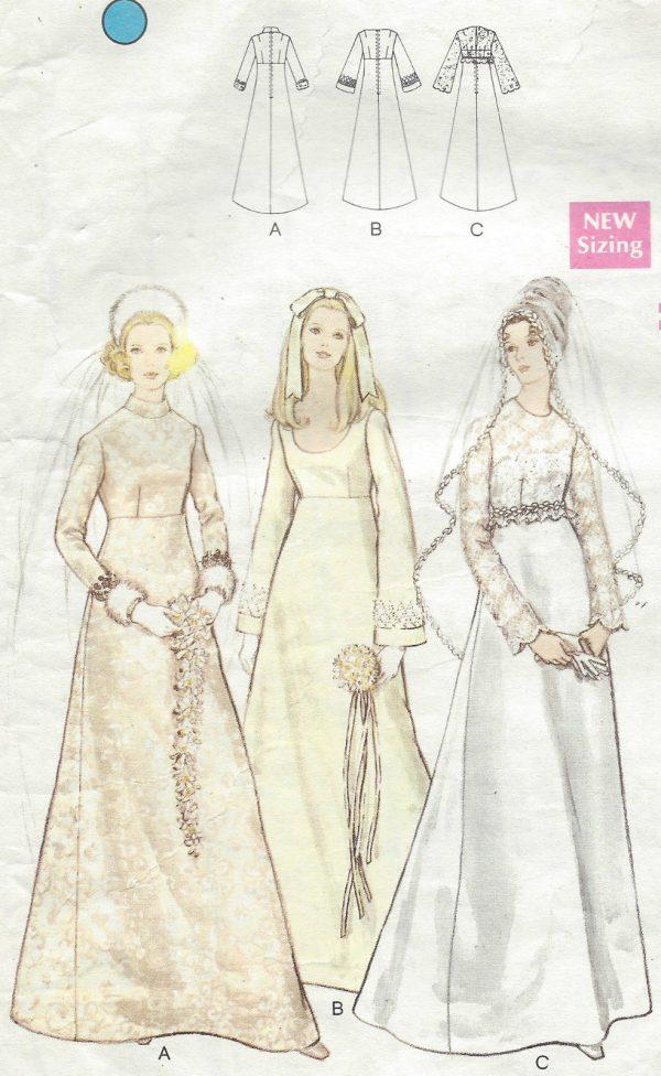 1970 Vintage Vogue Sewing Pattern Wedding Bridal Dress B36