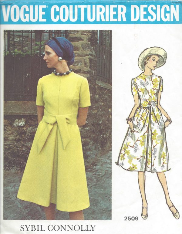 1960s-Vintage-VOGUE-Sewing-Pattern-B36-DRESS-1031-By-Sybil-Connolly-261233039095